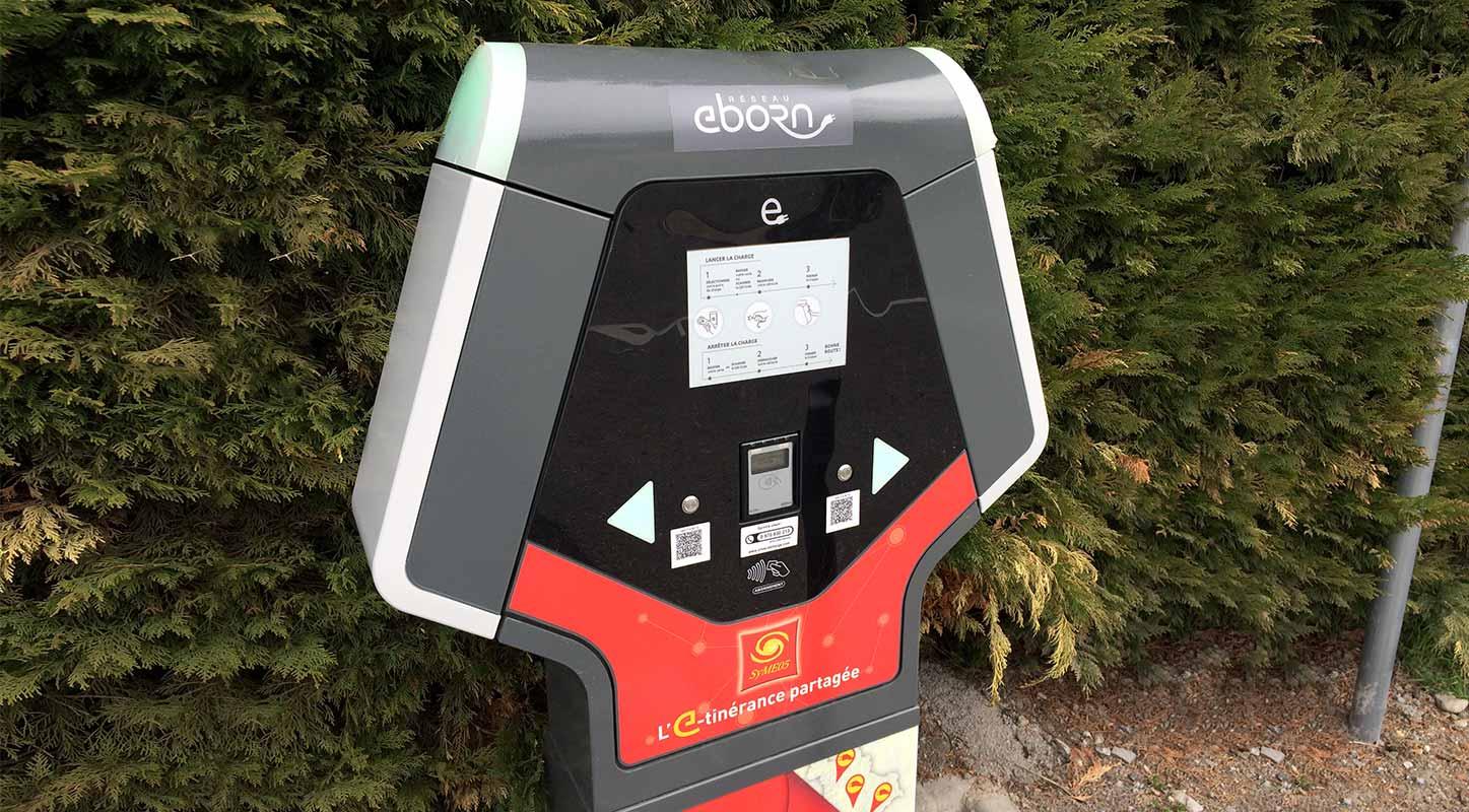 borne de recharge eborn service de recharge Auvergne Rhône-Alpes
