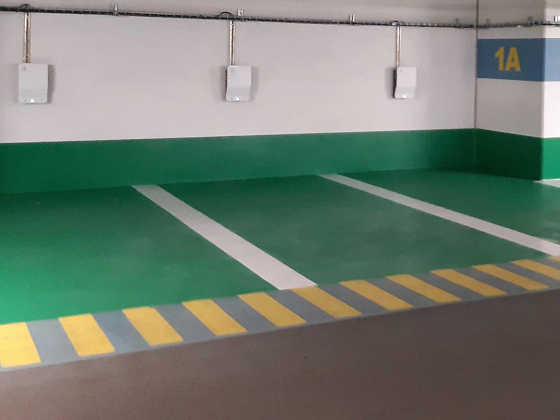 borne de recharge parking souterrain véhicule électrique immeuble Icade